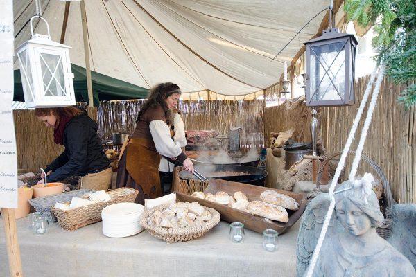 Nikolausmarkt: Zum tanzenden Einhorn